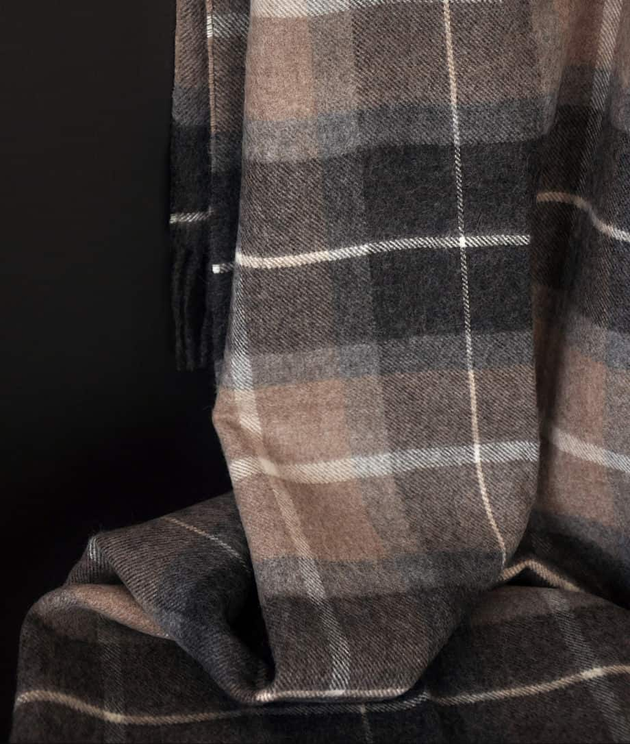 tartan plad throw baby alpaca wool brown grey