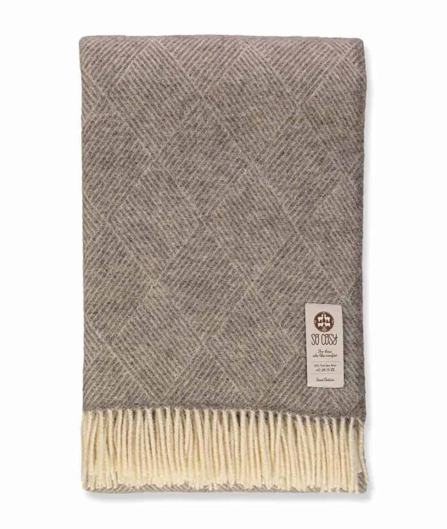 so cosy derry large gotland wool throw blanket