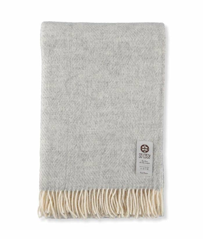 derry throw in silver grey colour made from gotland eco wool