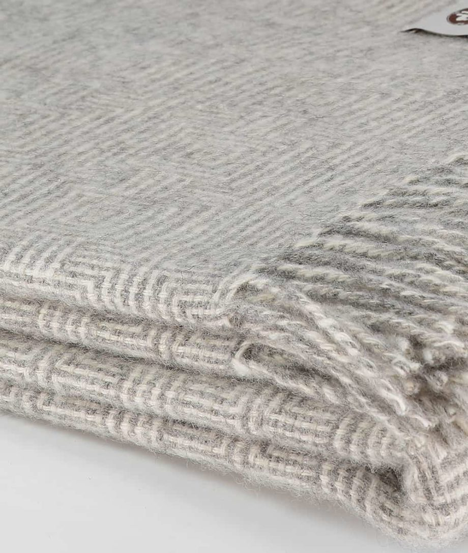 throw in soft ash grey cream colour pure gotland wool