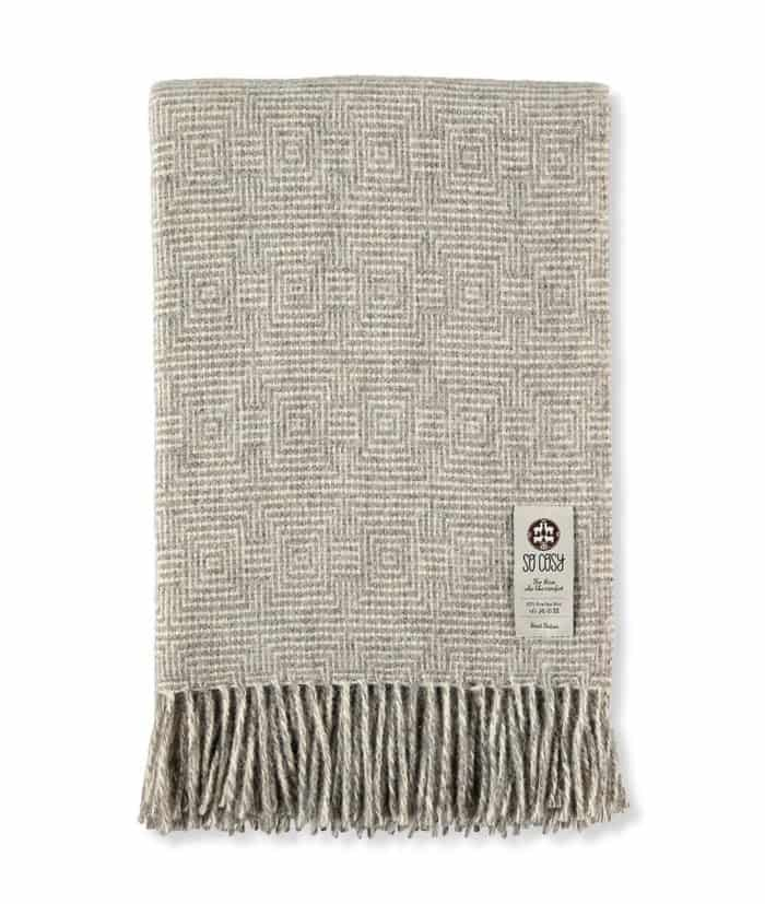Madrid silver grey gotland wool throw