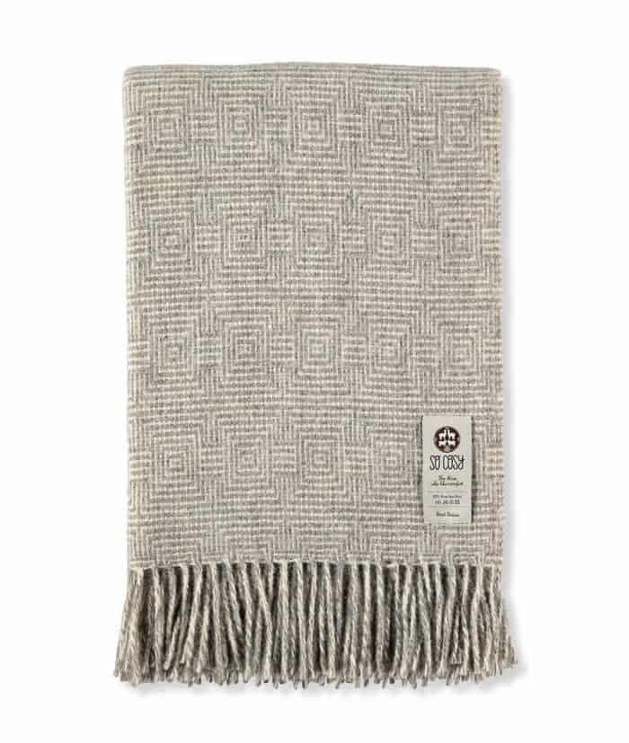 Madrid silver grey gotland wool throw