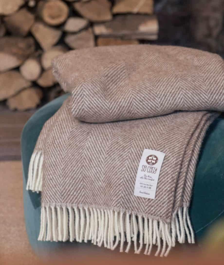 cosy soft natural pure wool throw blanket in herringbone pattern