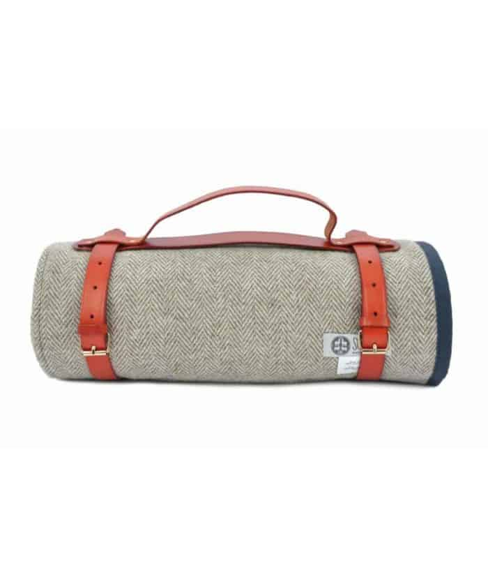 navy nigh colour wax cotton and pure wool roll up picnic blanket made by so cosy