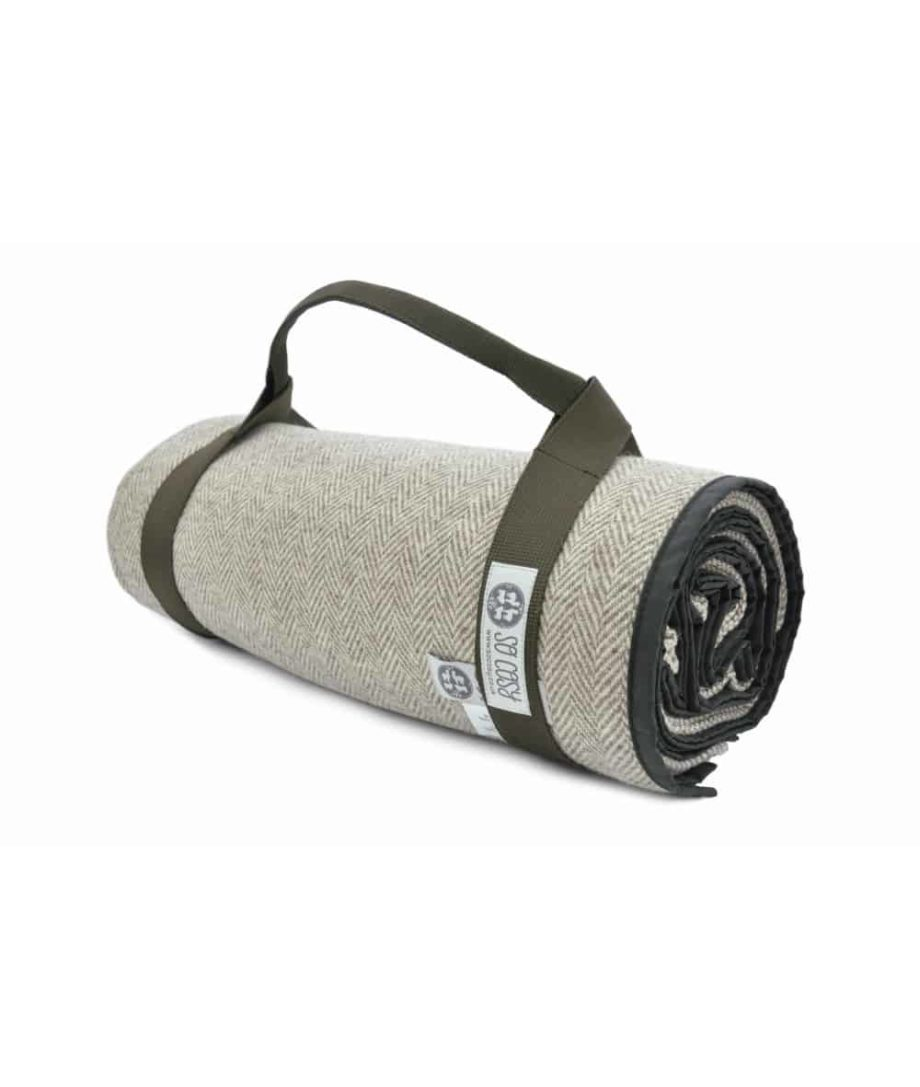 seaweed roll up picnic outdoor blanket textile straps