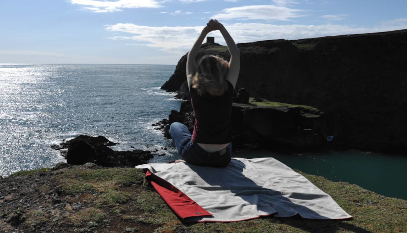 durable sustainable natural picnic blanket