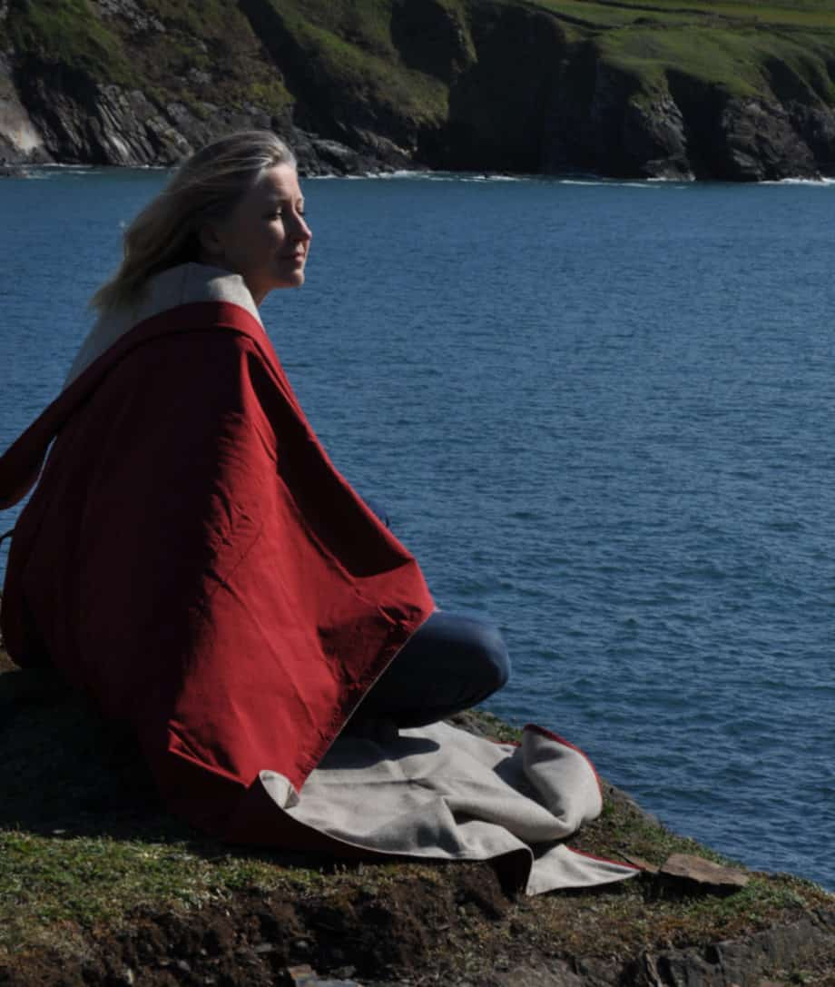 versatile-best-quality-picnic-blanket-waxed-cotton-eco-wool-tweed-by-so-cosy
