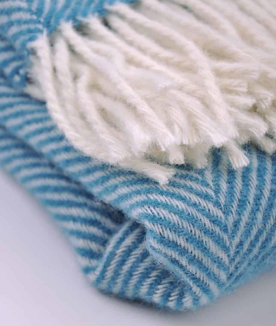 herringbone-pure-wool-throw-with-white-fringes