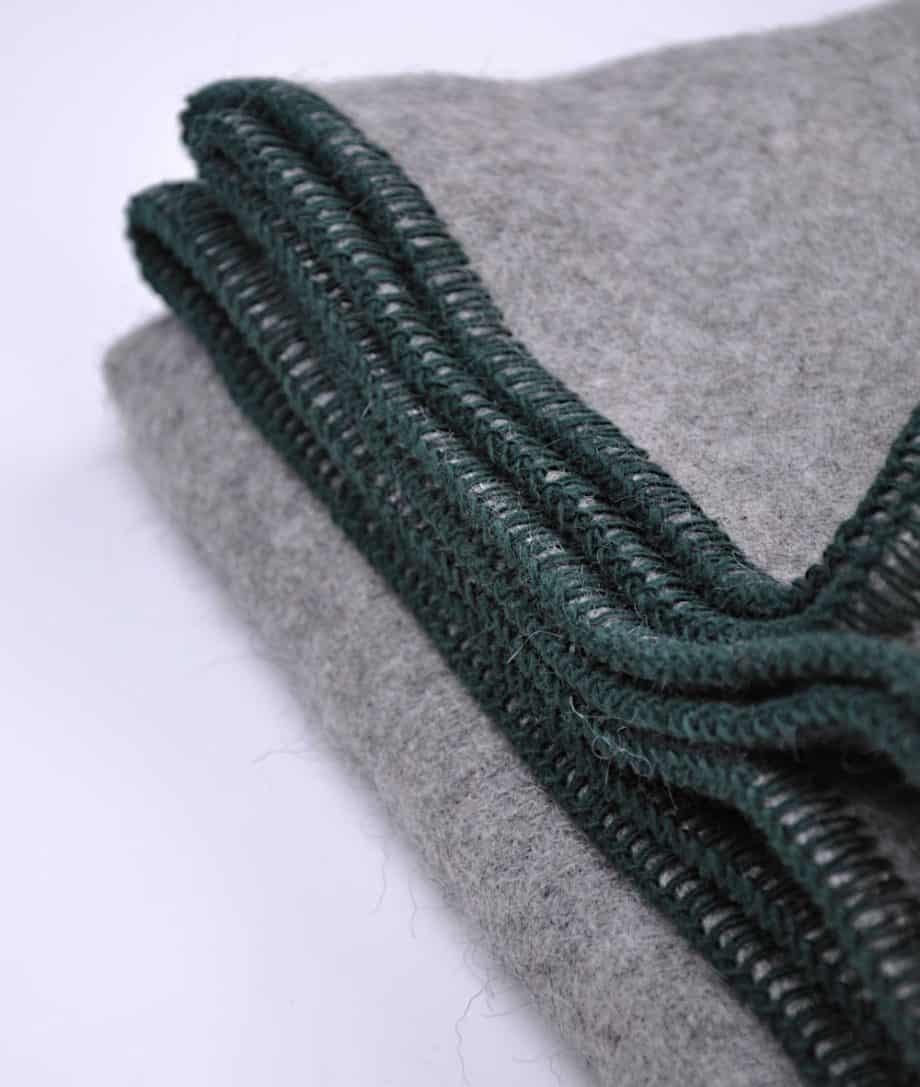 cosy-grey-throw-with-blanket-stitch