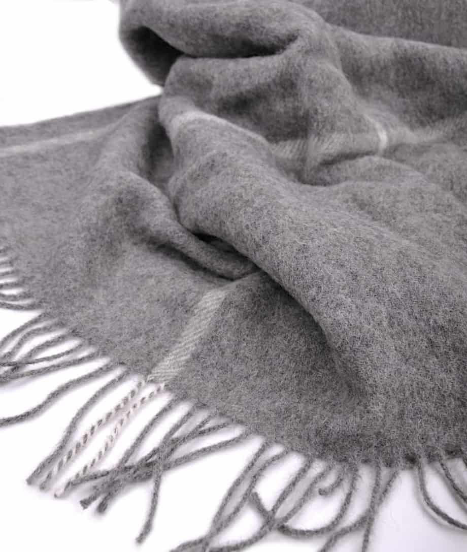 king-size-cosy-grey-bedspread