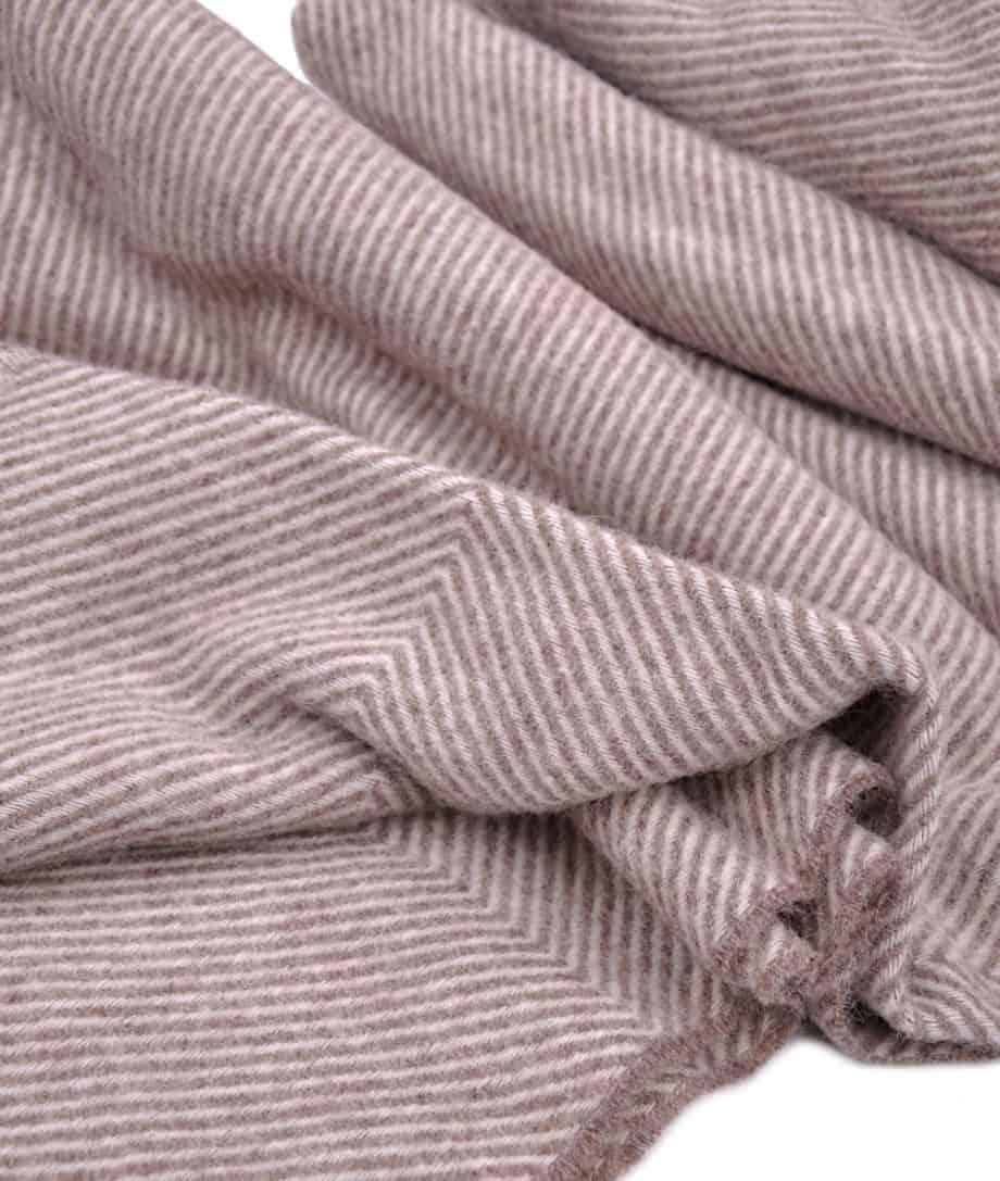 large-didrik-brown-cream-so-cosy-blanket-bedspread