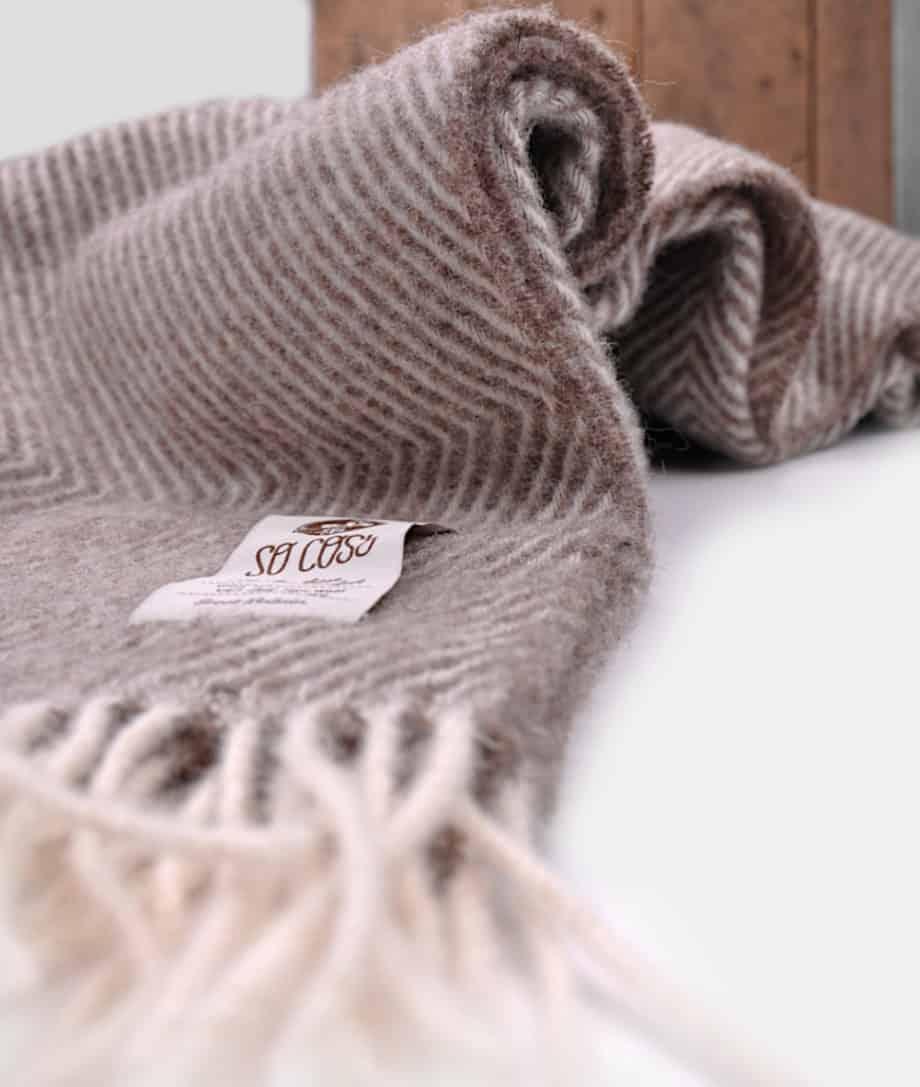 large-didrik-large-brown-cream-cosy-bedspread